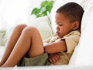 remedios dolor de estómago en niños