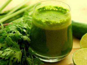 jugos verdes o zumos verdes