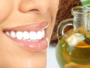 oil pulling o enjuague bucal con aceite