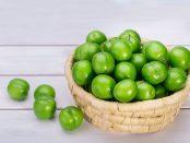 beneficios de la ciruela verde